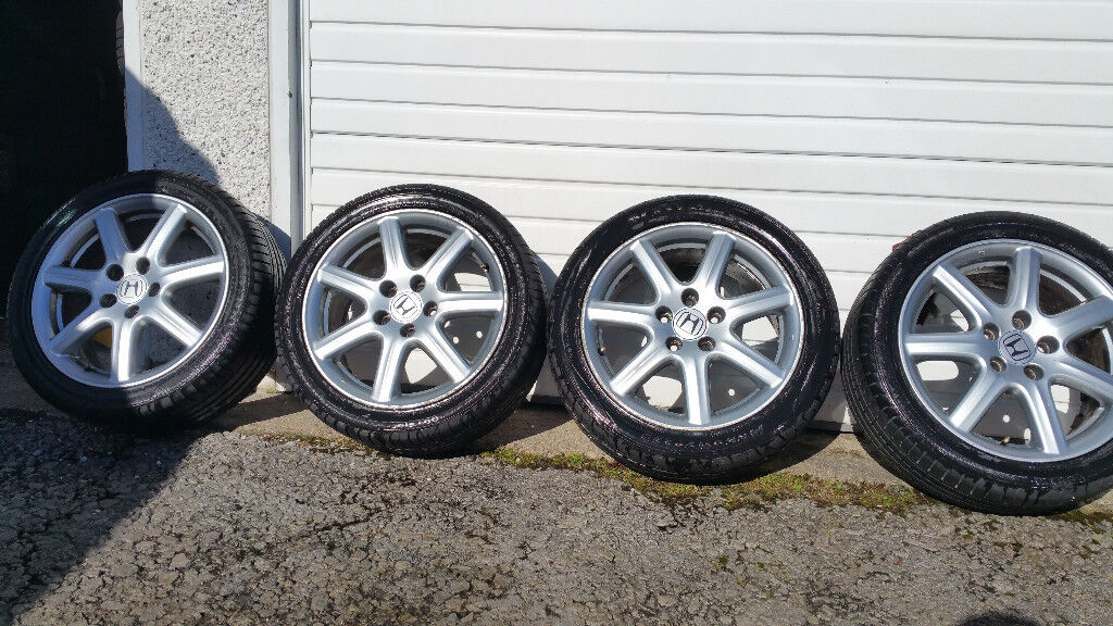 Honda Genuine 17 alloy wheels + 4 x tyres 225 45 17