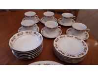 Vintage Nanjing Pagoda dinner service new and unused