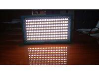 Bi-colour on-camera LED light