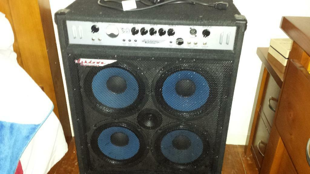 Ashdown Bass Amp Ashdown Bass Amp 300w Combo