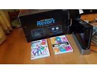 Boxed wii & 2 games