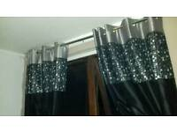2xBlack & silver curtains&lamps can deliver