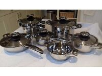 6 piece stainless steel pan set includes large casserole, frying pan, steamer and x3 saucepans