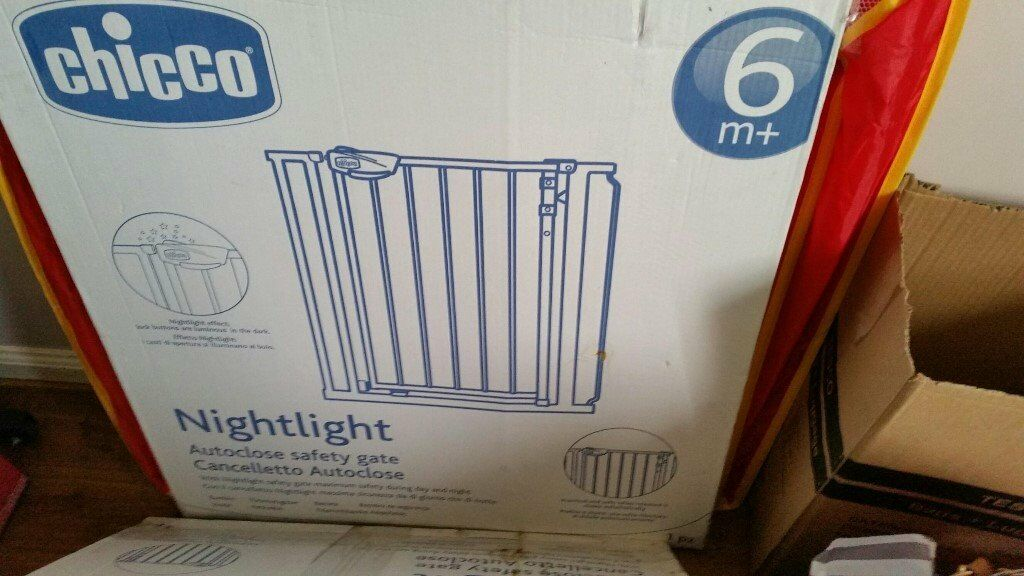 Cancelletto Chicco : 1 x chicco nightlight safety gates bargain £20 in cambuslang