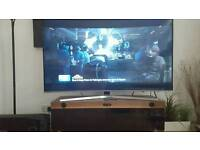 """Samsung Smart 4K Ultra HD HDR 65"""" CURVED LED TV and TECHLINK Panorama Sound PM120SW TV Stand"""