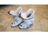 Saloman X-Max Ski Boots Girls 24/25.5 Size 5.5