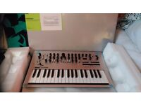 Can post UK £420 ONO Korg Minilogue Mint condition Synth Analogue
