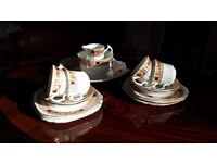 Chine Tea Set. 6 tea plates, 4 cups & saucers, milk jug, sugar bowl & cake plate