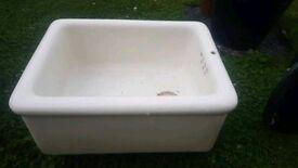 Butler sink / garden sink / plant container