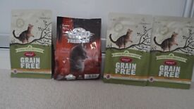 4x bags of Grain Free Dry Cat Food (James Wellbeloved and Wild Freedom- 70% meat) & FREE Cat Toy