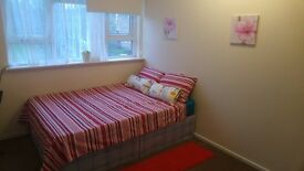 HUGE DISCOUNT ==> 120£ PW FOR A DOUBLE ROOM!