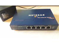 NETGEAR 5 port fast ethernet switch FS105