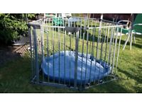 PLAYPEN WITH GATE CAN BE USED AS FIREGUARD