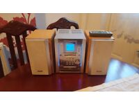 PANASONIC SBPM25 HI FI SYSTEM/CD AND TAPE. EXCELLENT CONDITION.