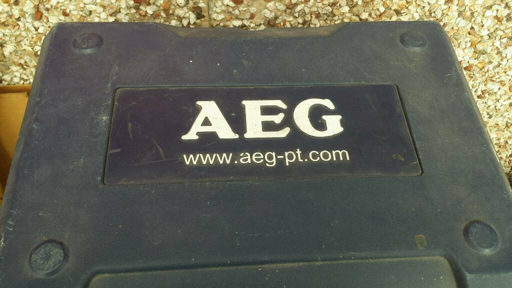 AEG 18 volt battery cordless drill..cased..full working order top quality tool