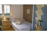Room to Rent, double bed, modern, incredible location, £140-160 p/w