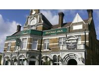 Pub Chef's required full and part time
