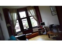 Double Room to Rent in pre-1919 Victorian Flat - Southside - 5 mins from Subway