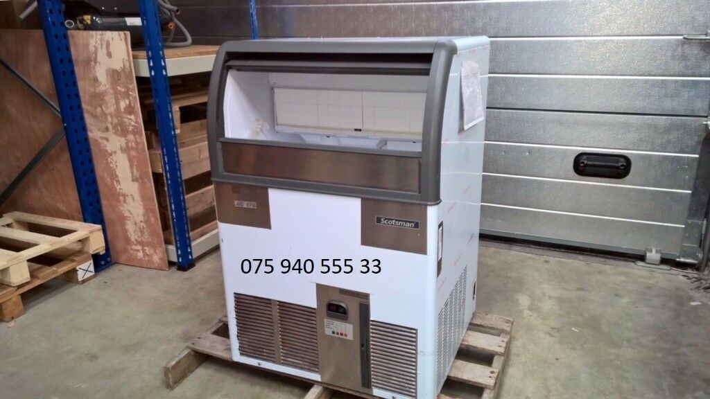 Commercial Scotsman Ice Cube Machine / Ice Maker 85 kg per 24 hrs