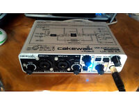 Roland Cakewalk UA-25EX Audio Interface (Sound card)