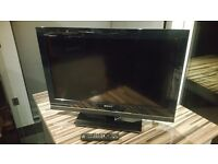 """32"""" Sony TV - Digital Satellite Receiver and Digital Aerial Receiver Built In £150 ono"""