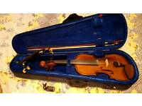 Violin 4/4 with extras
