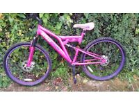 Mountain bike. medium size. full suspention.