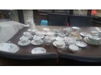 VINTAGE TEA CUPS SAUCERS AND PLATES