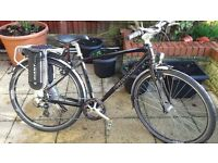 Giant Escape Hybrid 2 Electric BIKE - Pedal Assisted HARDLY USED - PRICE - £700.00