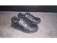 Boys Clarks school shoes - size 12f - excellent condition
