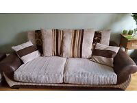 2 + 3 seater sofa and cuddle chair