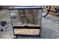 Vivarium - glass with heat pad and fluorescent tubing - as new