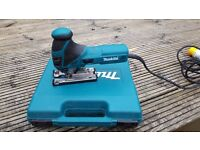 Makita 4351FCT, Orbital Jig Saw, Immaculate, Hardly been used.