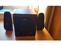 Sandstrom Speakers SBS2112 - barely used