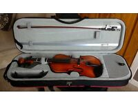 Hidersine Vivente Violin 4/4 size and Shoulder Rest