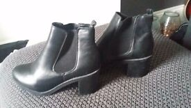 Ladies size 6 New Look trendy ankle boots. Worn once ONLY. New