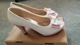 Size 6 White & Pink padded Heels