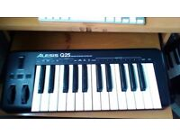 Alesis Q25 USB/MIDI keyboard controller