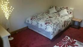 :::DOUBLE ROOM IN WALTHAM CROSS NORTH LONDON:::£500pm INCLUDING ALL BILLS:::