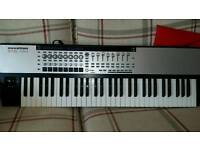 Novation 61 sl mark 2 midi comtroller keyboard