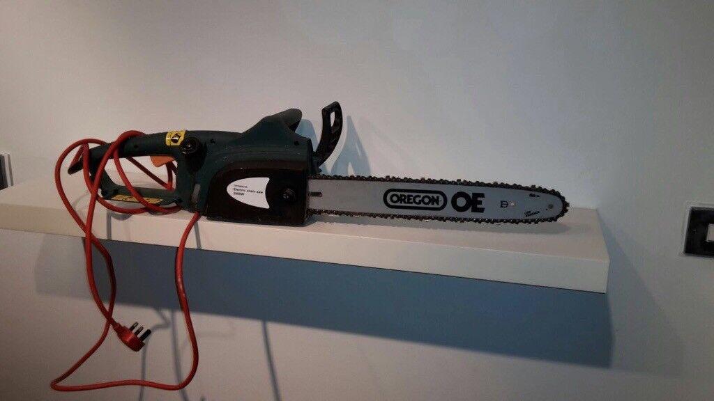 Chain saw, 2000w electric. Unused twice