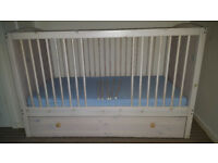 Cot bed with underbed drawer + mattress + 3 fitted sheets