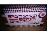 Set of 4 union jack cups