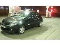 Renault clio 1.1 rip curl special edition