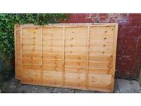 2x B&Q Traditional Overlap Fence Panel (W) 1.83m (H)1.22m