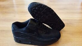 Air Max 90s And Air Max 95s For Sale. Clearance Sale NOW ON £50.Grab A Bargain While Stock Lasts!