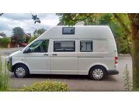 VW T5 Transporter camper van 2011 4/5-berth bed. Heating & A/C