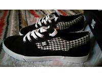 DC Shoes Tonik 5.5 black & white NEW! - Women trainers in box