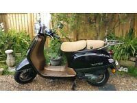 WK VS125 Retro Moped 125cc 10 Months Old & Only 200 Miles!