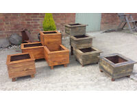 WOODEN RUSTIC GARDEN OLD STYLE PALLET WOOD PLANTERS PLANT POT PLANTING GARDENING